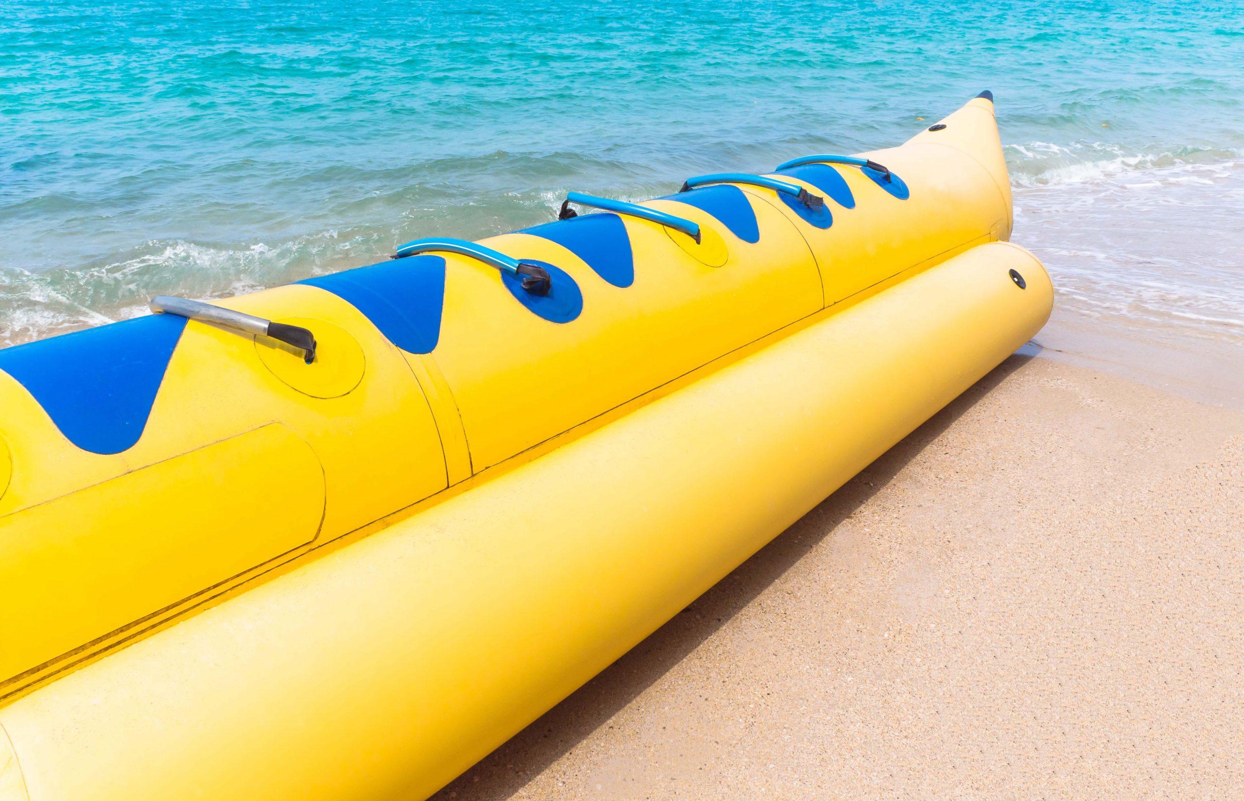 wahana-water-sport-banana-boat-bintan