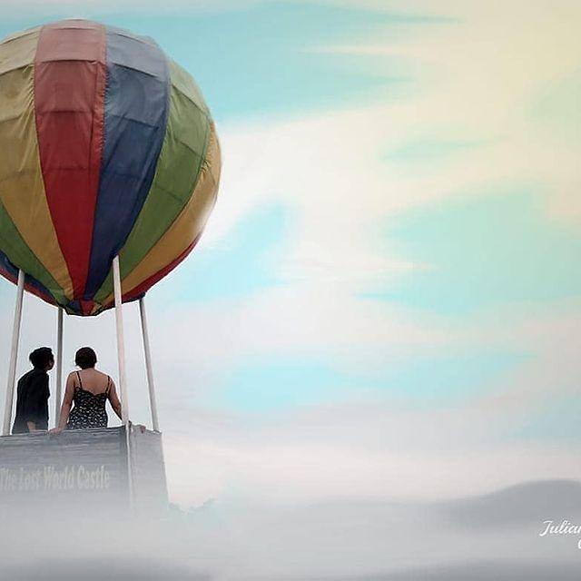 balon-udara-the-lost-world-castle