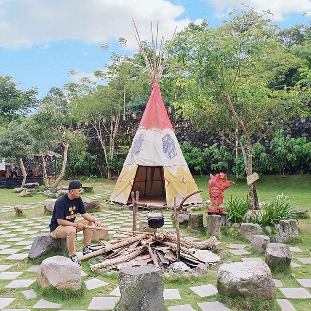 spot-foto-rumah-suku-india-kuno-di-jogja