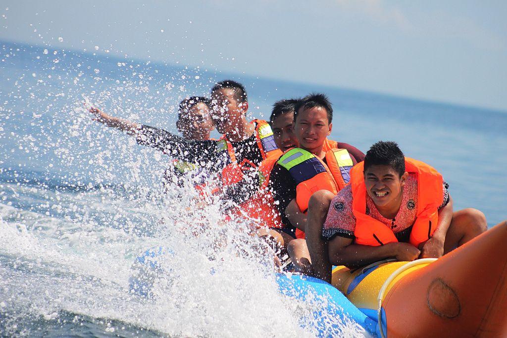 banana-boat-watersport-tanjung-benoa
