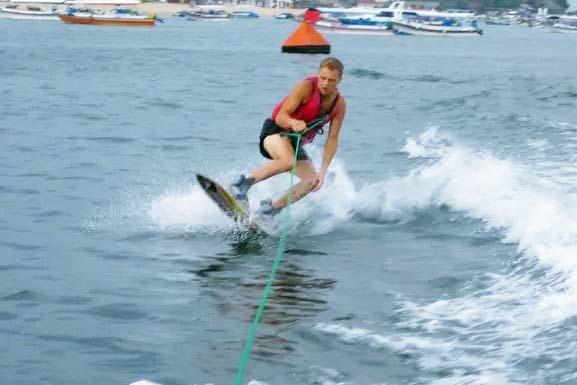 wakeboard-bali