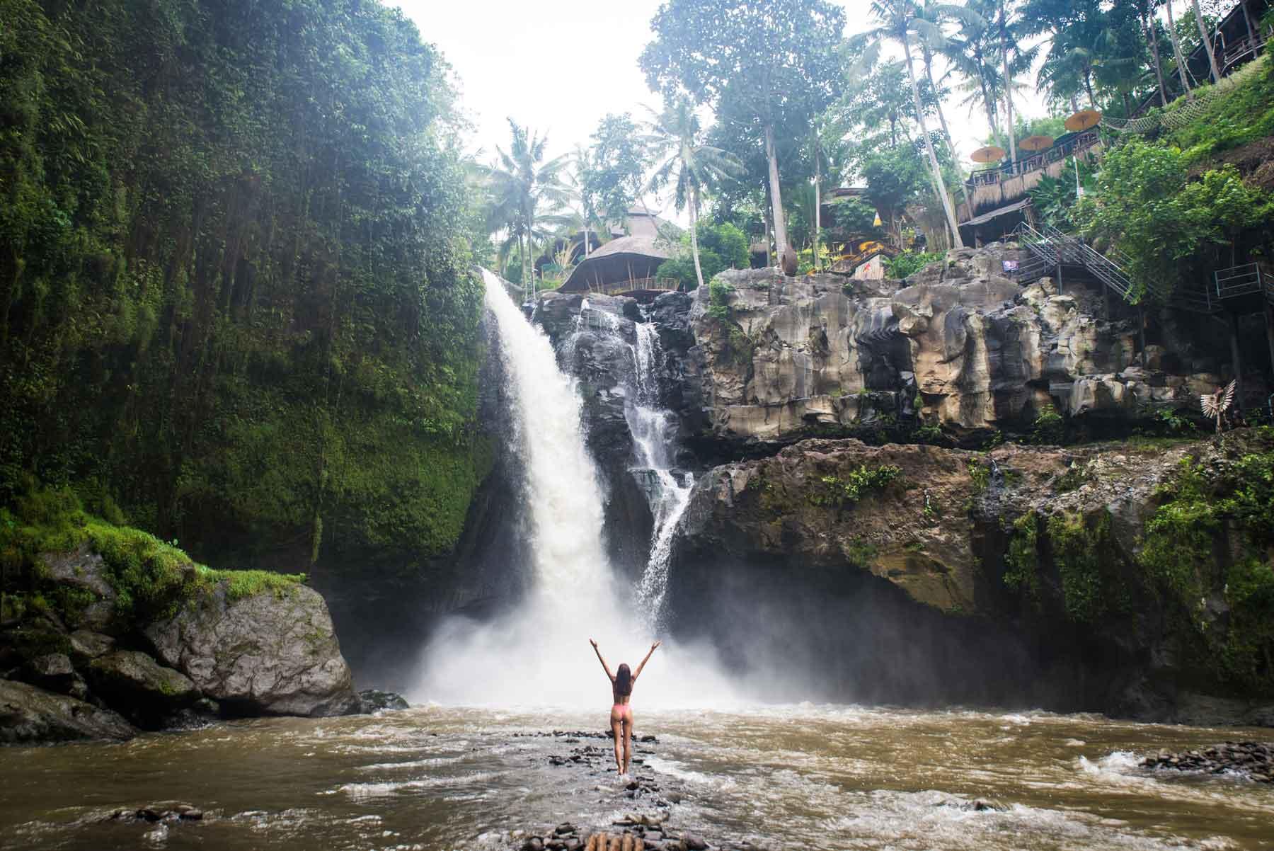 wisata-air-terjun-di-bali-tegenungan-waterfall