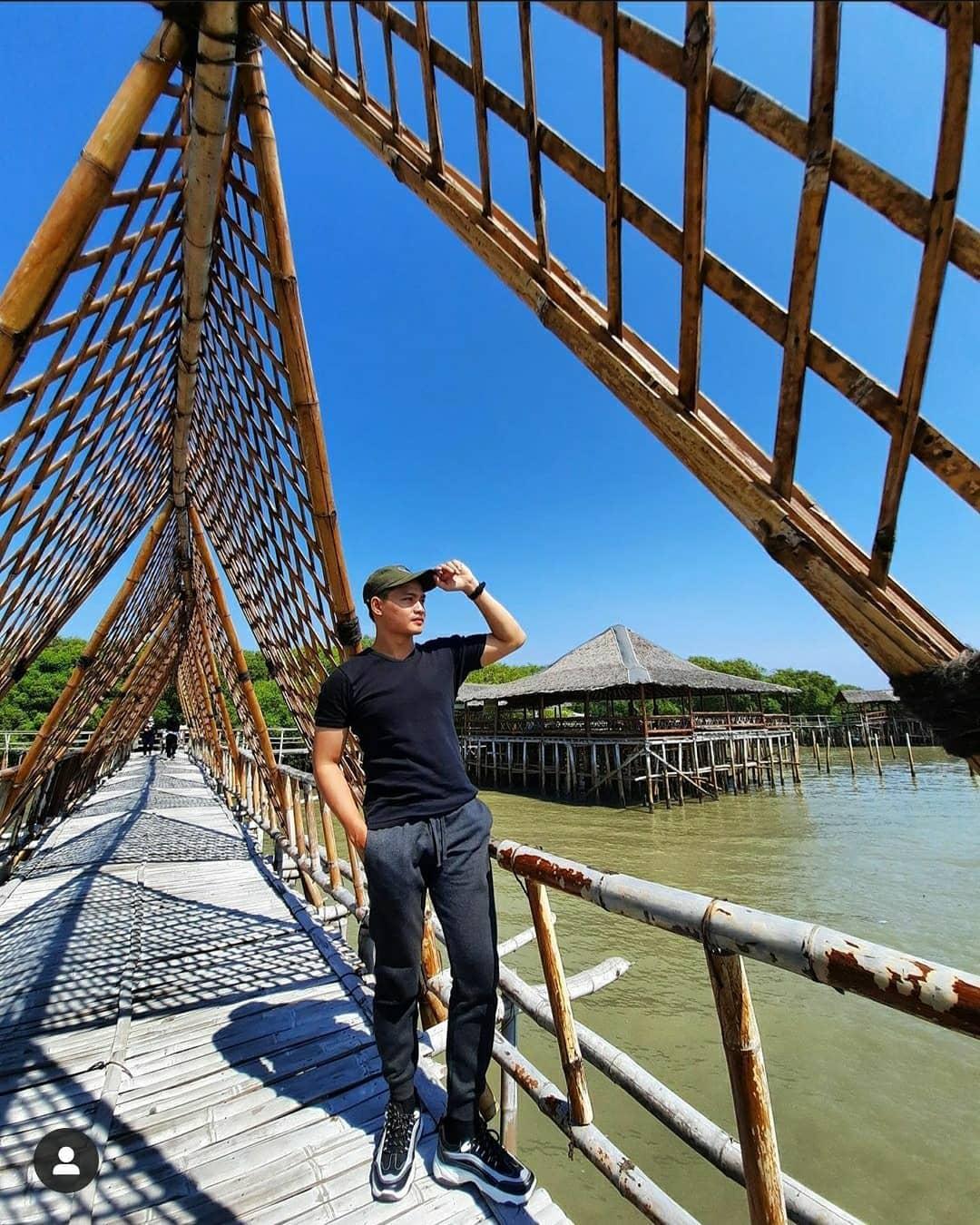 hutan-mangrove-wonorejo-surabaya