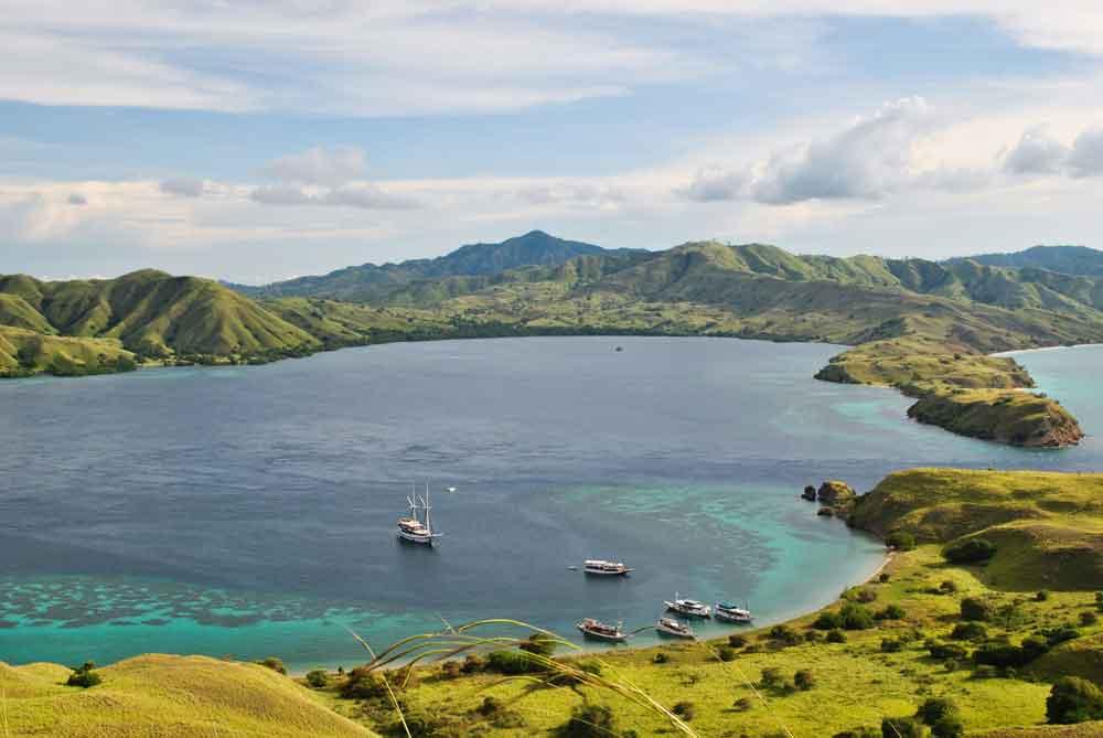 pulau-padar-taman-nasional-komodo